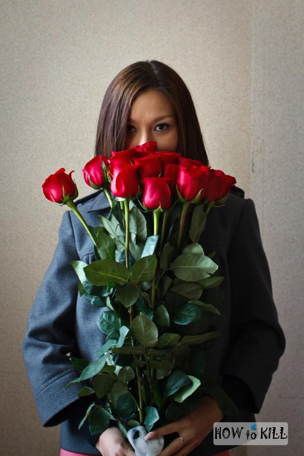 Фото полных брюнеток с цветами