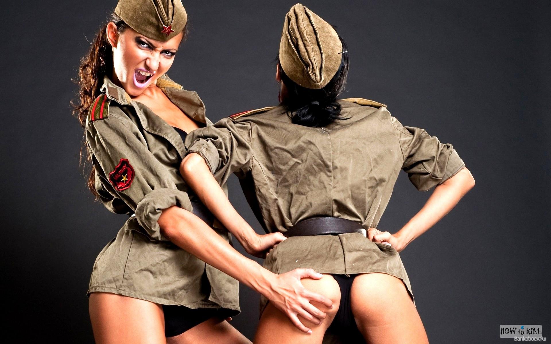 Секс с девушкой в военной форме в части 16 фотография